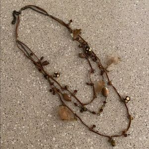Long three-layered necklace